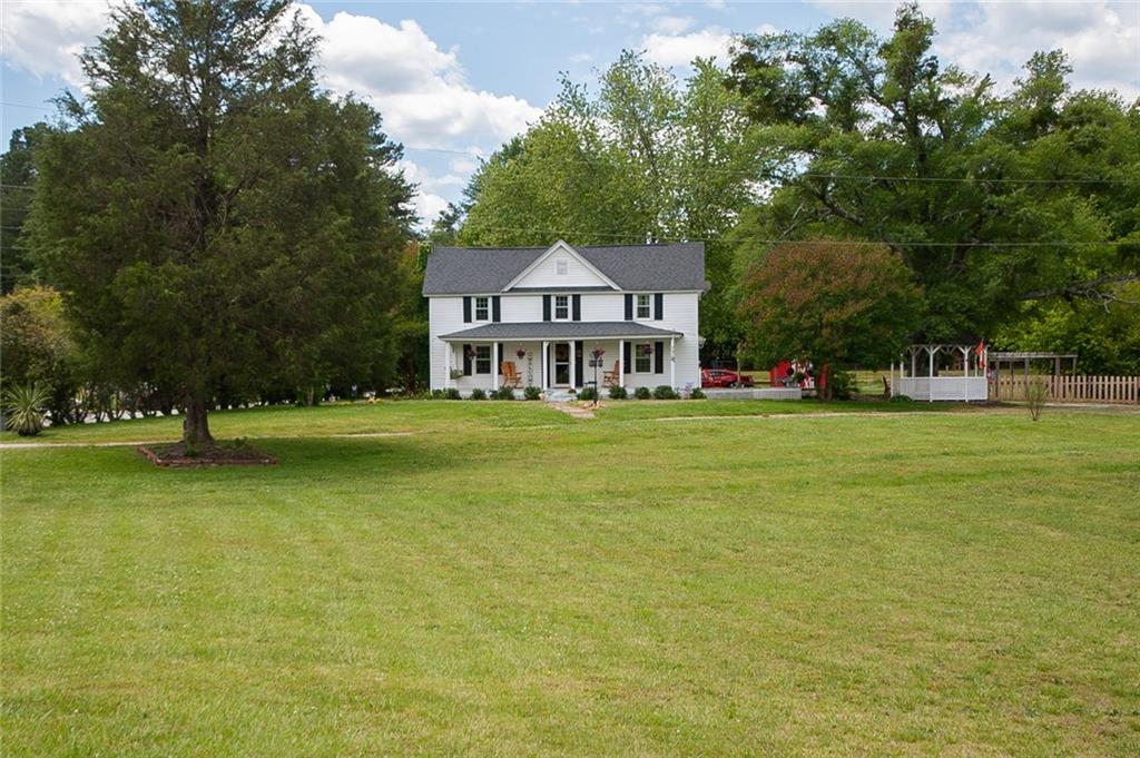 707 Old Dacusville Road Easley, SC 29640