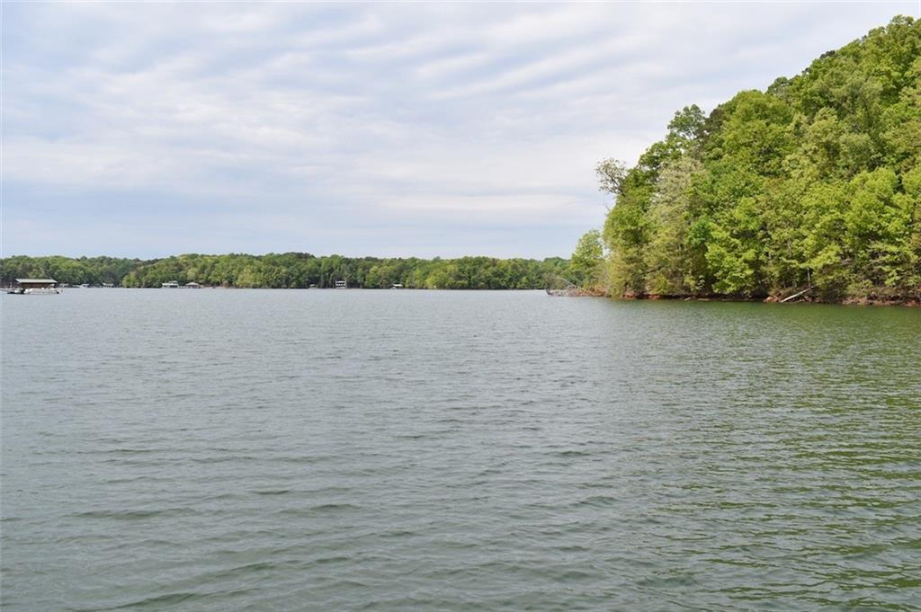 229 Inlet Pointe Drive Anderson, SC 29625