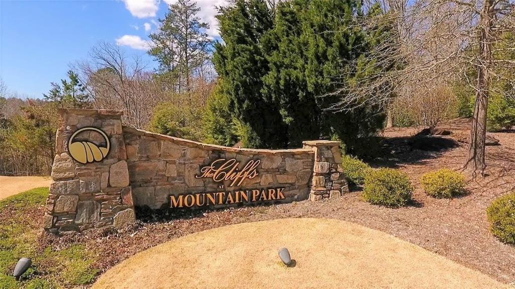 301 Blue Bonnet Trail Marietta, SC 29661