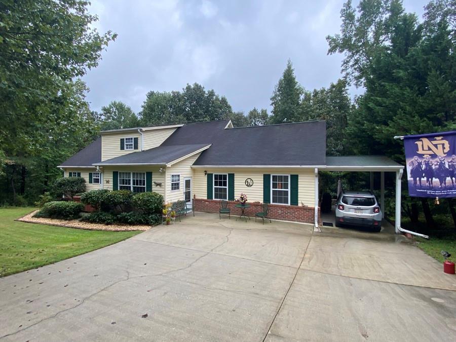 378 Calcutt Road Lavonia, GA 30553