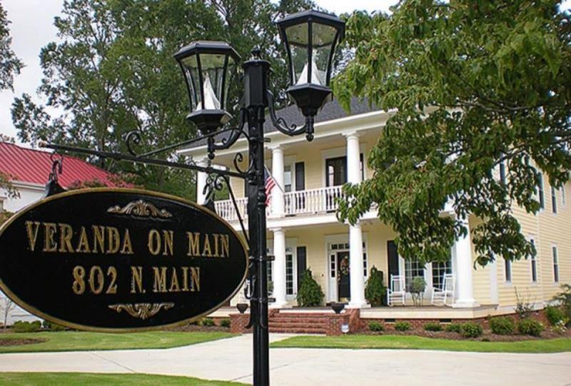 802 Main Street Abbeville, SC 29620