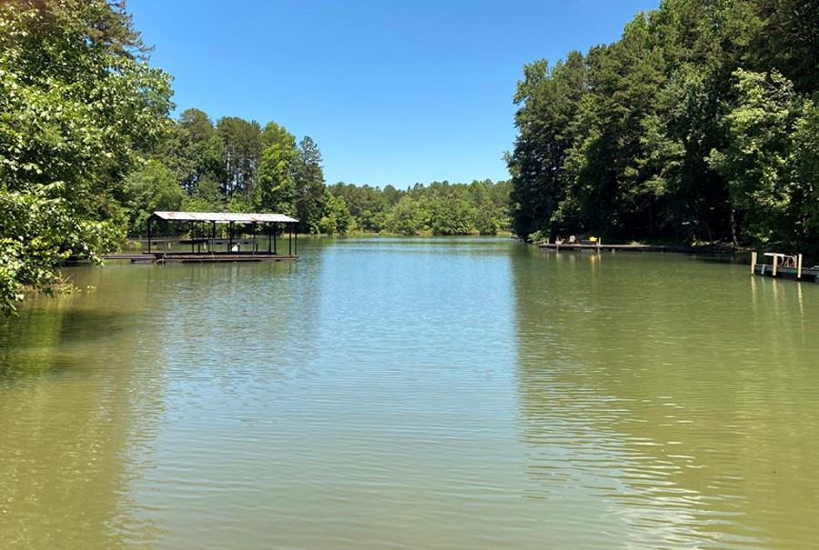 13 River Trail Martin, GA 30577