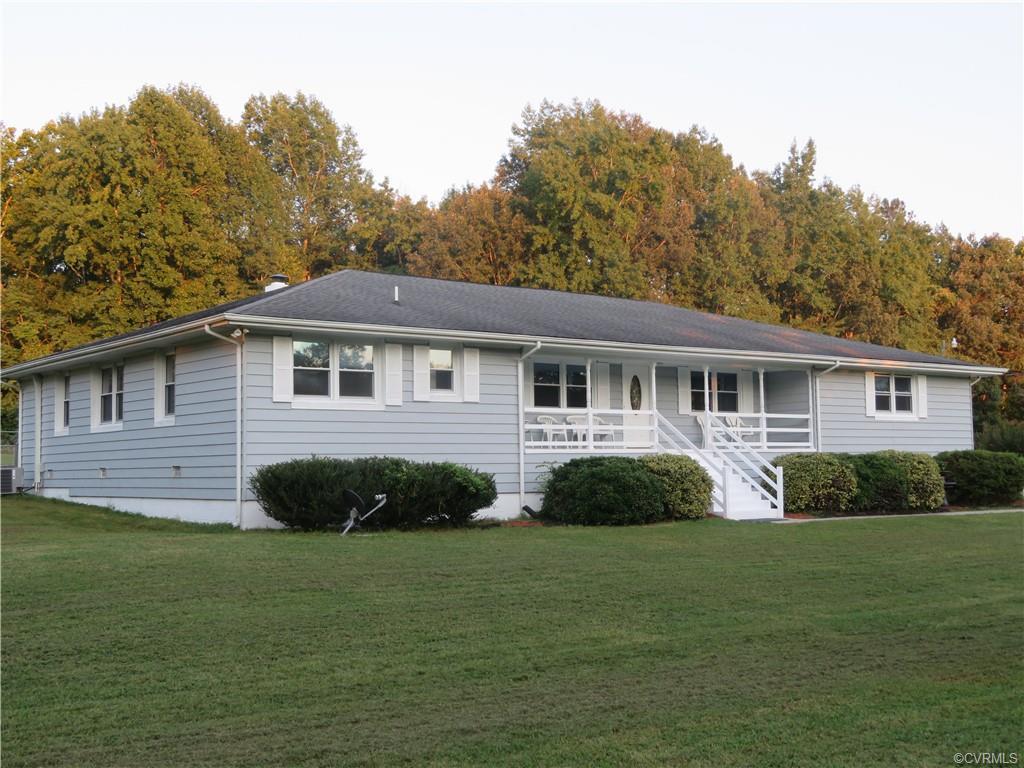 8623 Old Pond Quinton, VA 23141