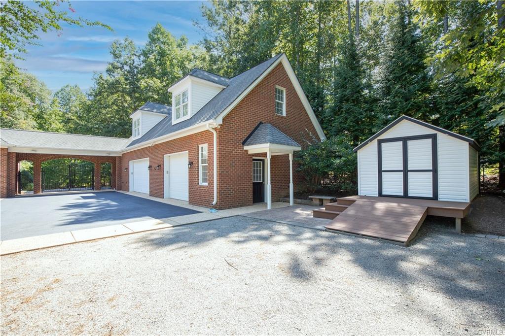 2881 Maple Grove Powhatan, VA 23139
