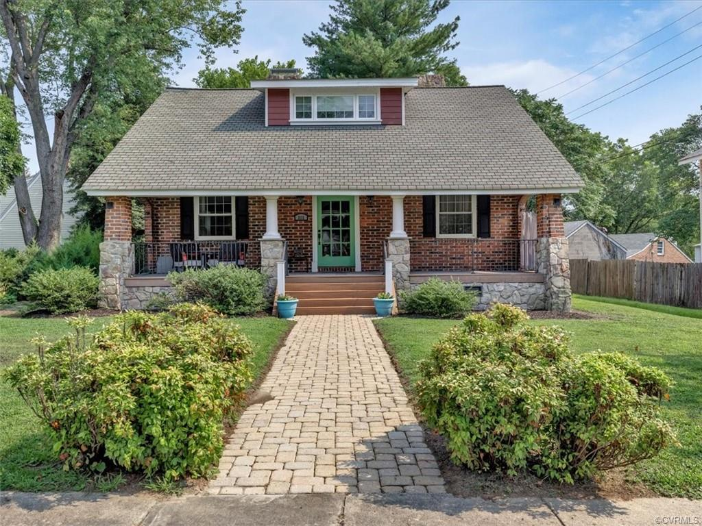 315 Royal Oak Colonial Heights, VA 23834