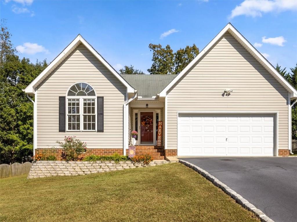 7825 Winding Ash Chesterfield, VA 23832