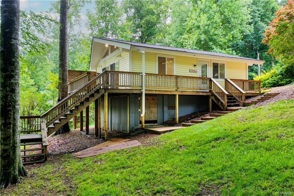 5700 Lakeview Quinton, VA 23141