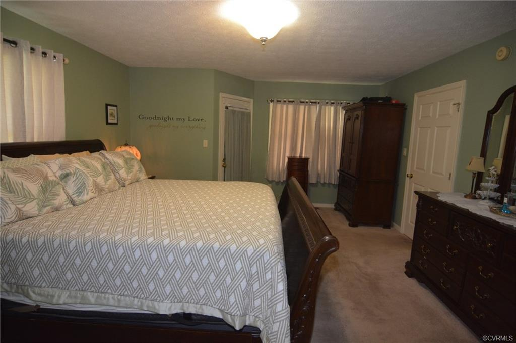 23805 Old Cox North Dinwiddie, VA 23803