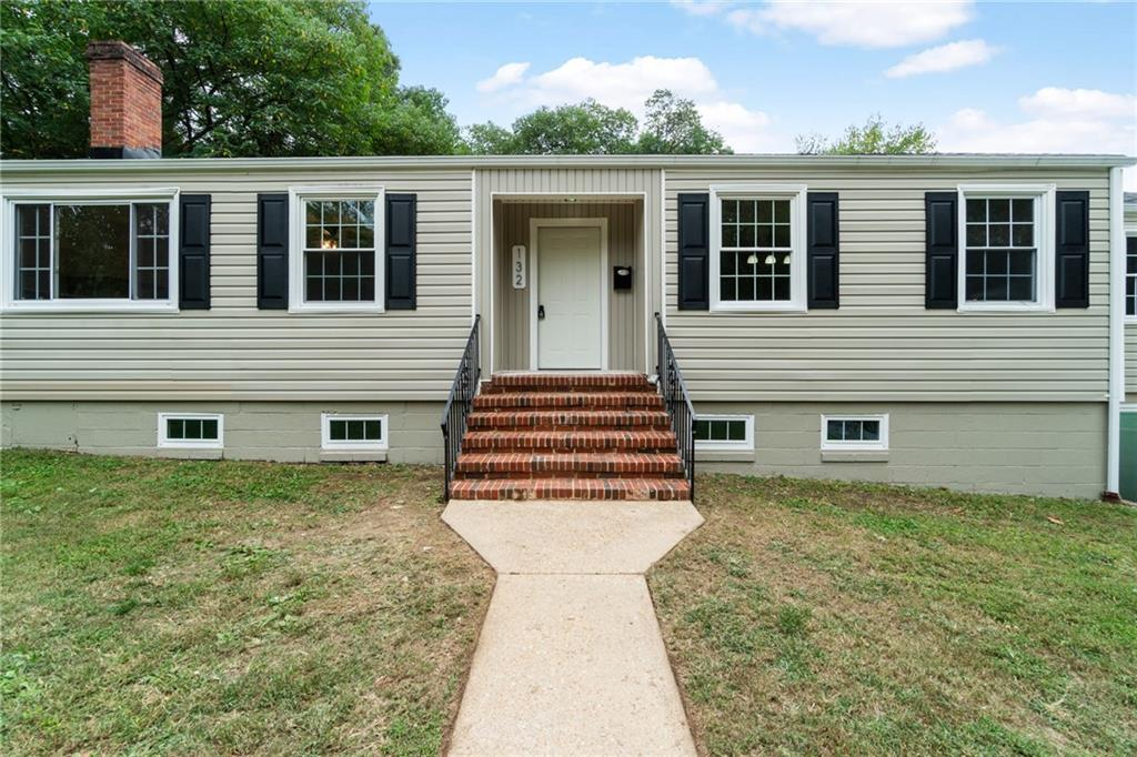 132 Chesterfield Colonial Heights, VA 23834